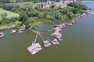 Bokodi tó, un lago tailandés en Hungría