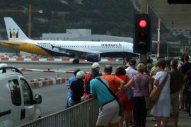 Bancarrota Monarch deja de volar 100000 personas afectadas
